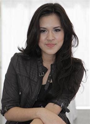 penyanyi cantik indonesia