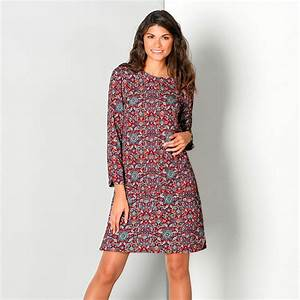 Robe forme housse imprimee blancheporte for Robe housse grande taille