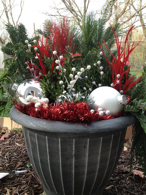 holiday decor outdoor diy outdoor holiday decorating
