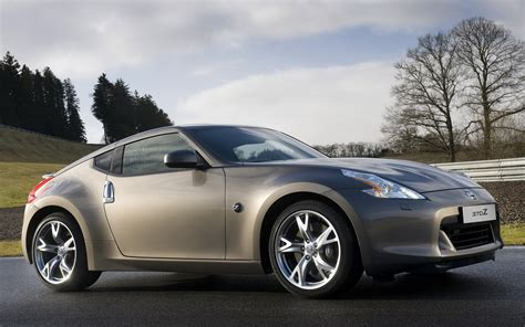 New Nissan 370z by New Nissan 370z Wallpapers And Images Wallpapers