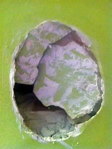 Reboucher Trou Mur Placo : travaux ma onnerie comment r parer un trou dans un mur ~ Melissatoandfro.com Idées de Décoration