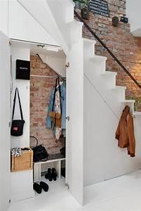 Amenager Sous Escalier : placard couloir plus de 130 photos pour vous ~ Voncanada.com Idées de Décoration