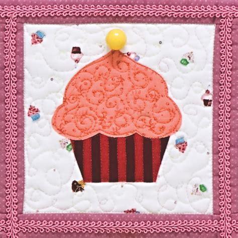 cupcakes quilt  ct publishing favecraftscom