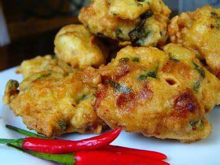 Seperti yang dirangkum oleh liputan6.com (14/8), berikut adalah cara membuat bakwan favorit seperti bakwan jagung, bakwan sayur, bakwan. Resep Membuat Bala-bala Sayur Bakwan Goreng Enak | Resep, Resep masakan indonesia, Makanan minuman