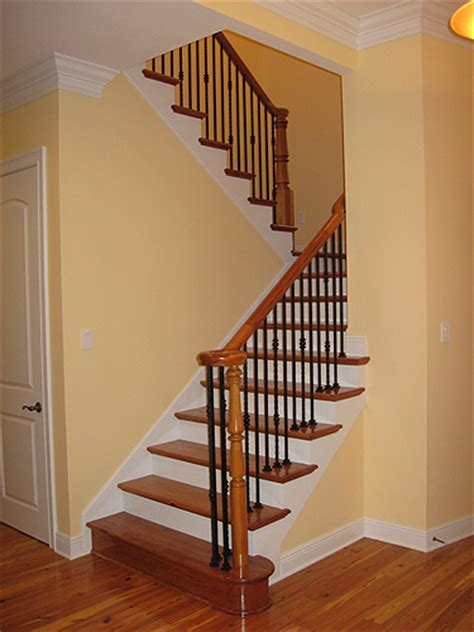 sweeping staircases ron lee homes