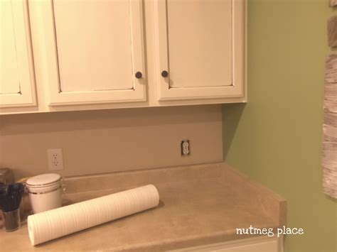 beadboard backsplash  wallpaper mom  real