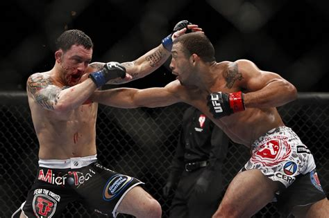 Jose Aldo Says He Beat Frankie Edgar With Only One Arm