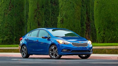 Kia Car Ratings by The Redesigned 2014 Kia Forte Lx Review Car Reviews