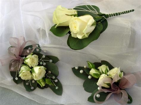 to be corsage david wright florist norwich florist beautiful flowers