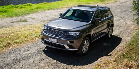jeep grand 3 0 crd 2015 jeep grand summit platinum 3 0 crd review