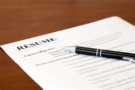 5 reasons employers are ignoring your resume concorde