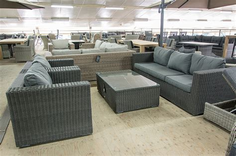 loungesets outlet
