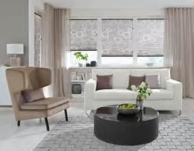 gardinen ideen wohnzimmer modern wohnzimmer plissee hellbraun stoffe für wohn t räume
