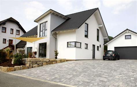Einfamilienhaus Modern by Partner Haus Einfamilienhaus Modern Kundenhaus