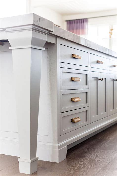 how to paint kitchen cabinet hardware kitchen details paint hardware floor ivory 8793