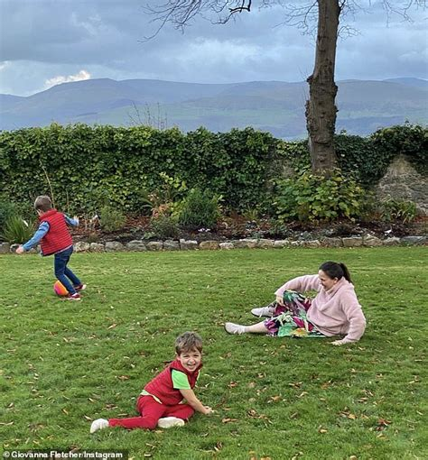 Tom Fletcher reveals family trip to I'm A Celeb castle in ...