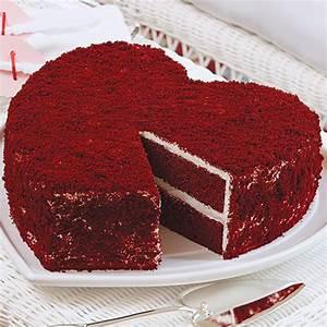 Big-Heart Red Velvet Cake Sandra Lee