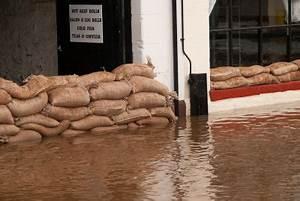 Wasser Im Keller Bei Starkem Regen : wasser im keller nach starkem regen so bekommen sie ihren keller wieder trocken ~ Yasmunasinghe.com Haus und Dekorationen