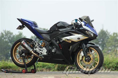 Modifikasi R25 by Modifikasi Yamaha R25 2014 Motor Ini Habitatnya Di
