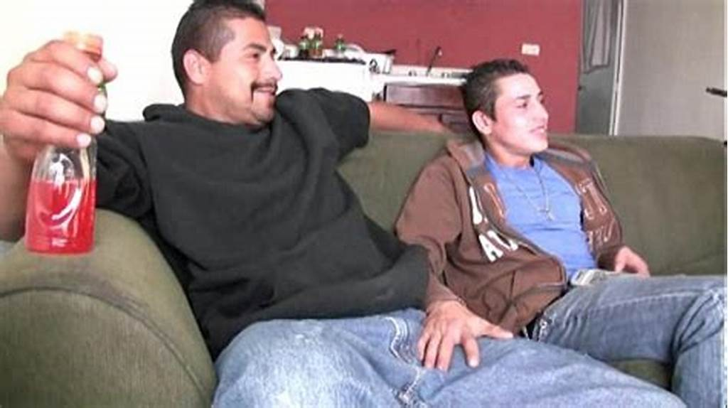 #Hot #Straight #Latino #Guys #Suck #Each #Other #Big #Uncut #Verga