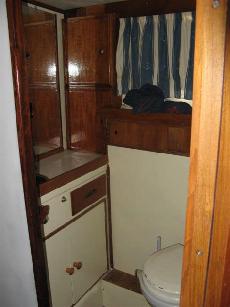 cabine salle de bain salle de bain cabine arri 232 re photo de le bateau grand banks 36