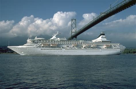 Cruise Ship - Nice Pictures