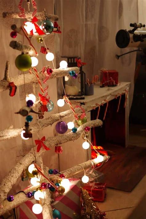 diy christmas tree   branches recyclart