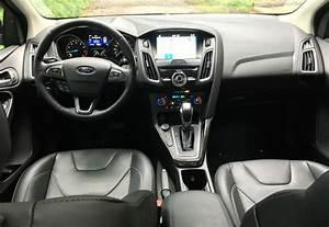 Ford Focus Titanium 2017 : ford focuses on luxury with the titanium trim level ~ Farleysfitness.com Idées de Décoration
