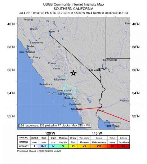 Kalifornijas štatu satricina zemestrīce, kuru jūt arī ...