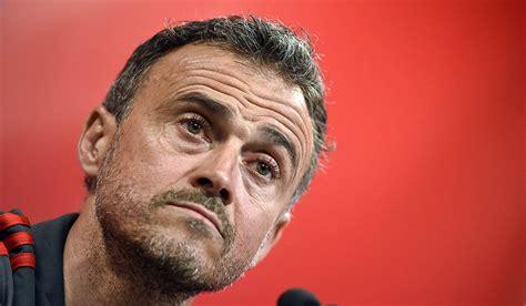 Weiterhin soll die gesamte spanische mannschaft noch vor. Spaniens Nationalmannschaft: Lopetegui-Nachfolger Enrique ...