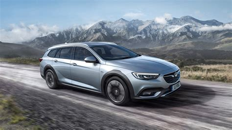 vauxhall insignia  chunky   country tourer