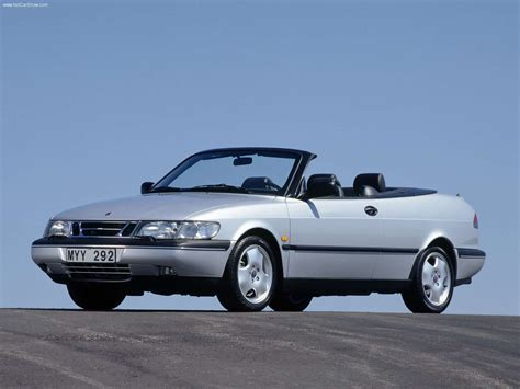 Saab 900 Convertible (1997) - picture 1 of 25 - 800x600