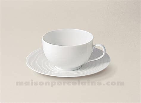 la maison de la porcelaine tasse cafe soucoupe limoges porcelaine blanche onde gravee 14cl maison de la porcelaine