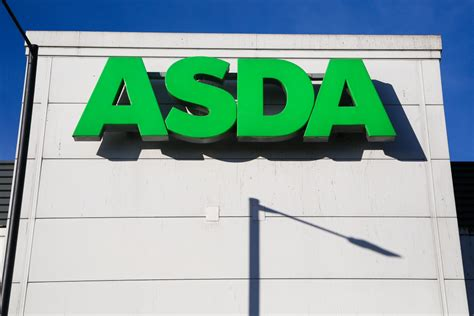 Is Asda Open On Christmas Day? Opening And Closing Times ...