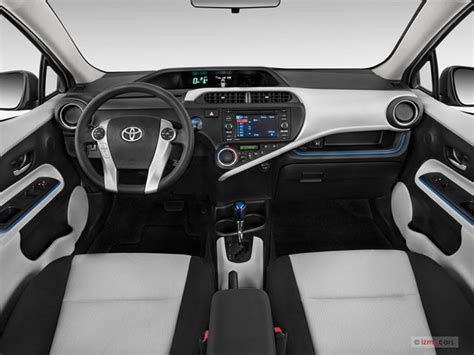 Toyota Prius 2012 Interior by 2012 Toyota Prius C Prices Reviews And Pictures U S