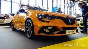 Renault Mégane 4 Rs : le configurateur et le prix de la renault m gane 4 rs est en ligne ~ Medecine-chirurgie-esthetiques.com Avis de Voitures