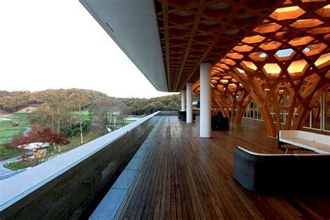 shigeru bans gorgeous  bridges golf club house