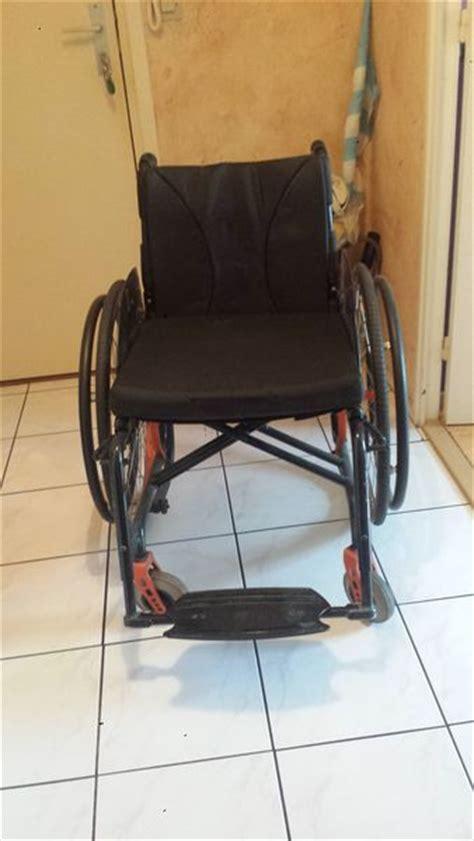 fauteuil roulant pliable offres mars clasf