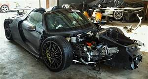 Vendre Vehicule Pour Piece : porsche 918 spyder un exemplaire d truit estim 1 3 m vendre pour pi ces cars ~ Medecine-chirurgie-esthetiques.com Avis de Voitures