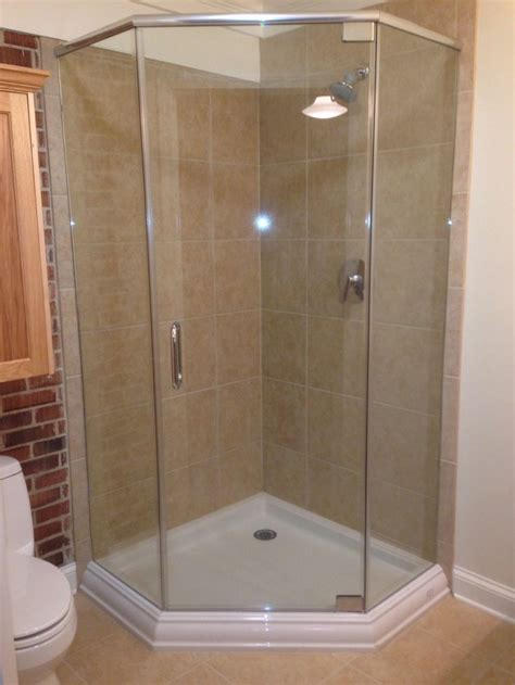In Shower Ideas For Small Bathrooms by 164 Best Corner Shower For Small Bathroom Images On