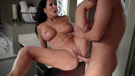 Mom With Round Xxx Knockers And Son Have Incest Affair In