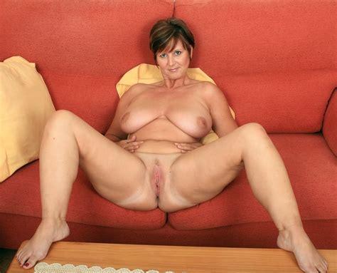 Natural Mature Ladies Spreading Their Legs 125 Pics 2