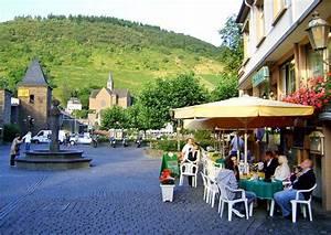 Restaurant Austria Berlin : dining out in germany the german way more ~ Orissabook.com Haus und Dekorationen