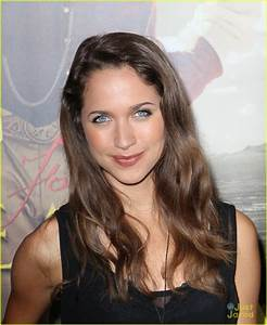 Maiara Walsh: 'For Greater Glory' Premiere | Photo 475337 ...