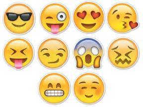 17 best images about emoticons smiley faces on smiley faces laughing smiley