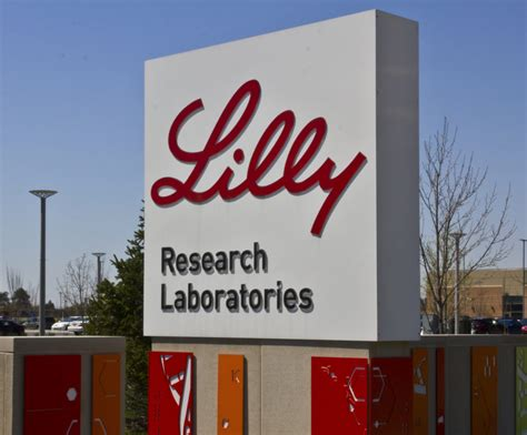 eli lilly  buy cancer drug specialists loxo oncology