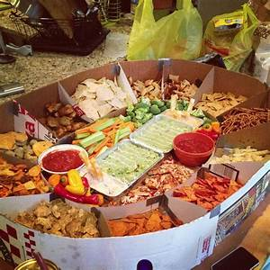 Snack-stadium! Great superbowl party or football gathering ...