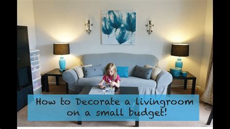 decorate  living room    small budget