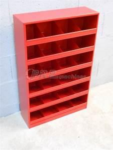 Meuble Casier Rangement : meuble de rangement mural 24 casiers ~ Teatrodelosmanantiales.com Idées de Décoration