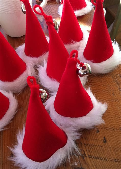 how to make christmas hats karin lidbeck 24 day countdown santa tree and ornaments to make